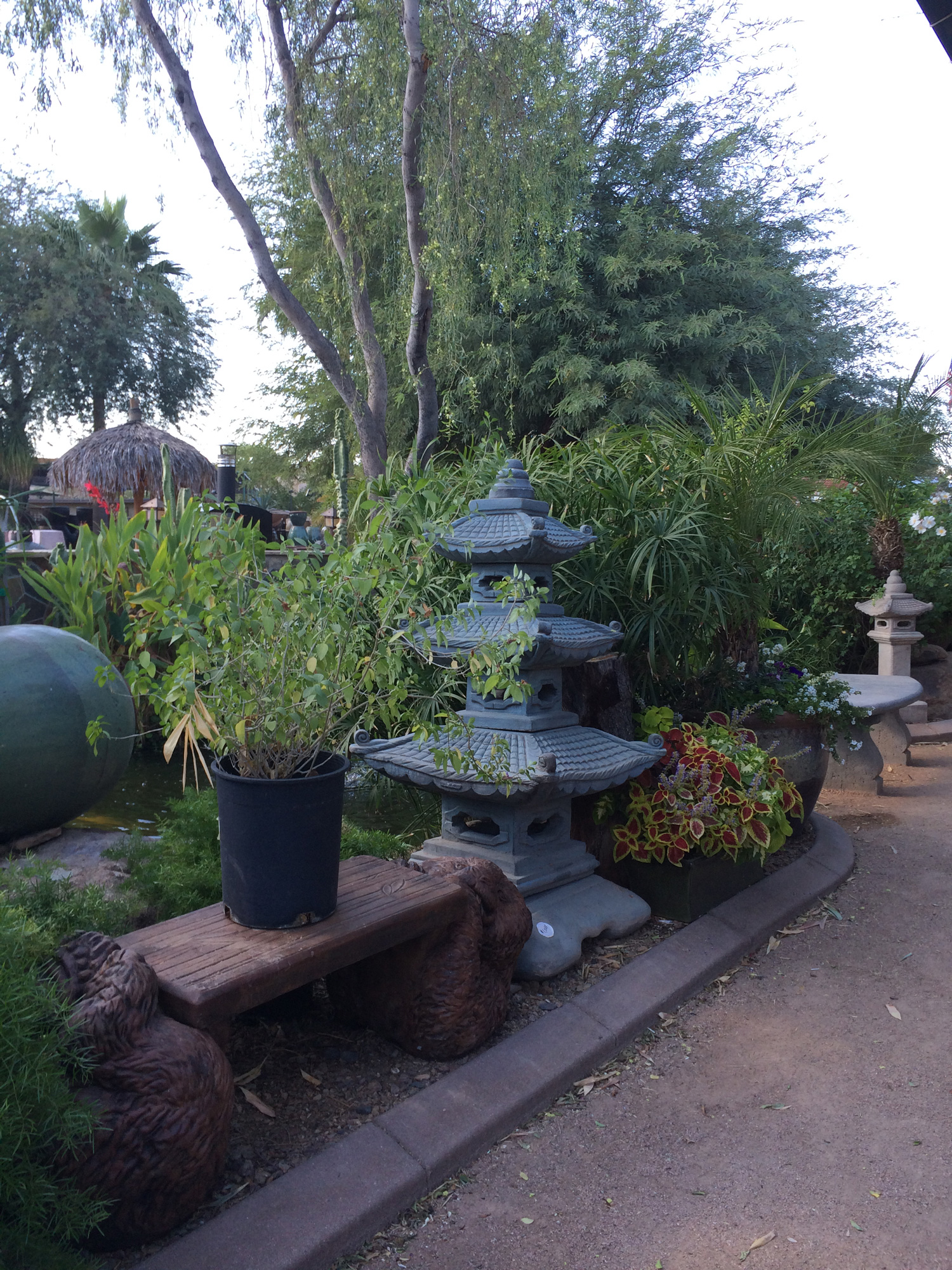 Arizona fountains outdoor fountains phoenix the green for Garden fountains phoenix